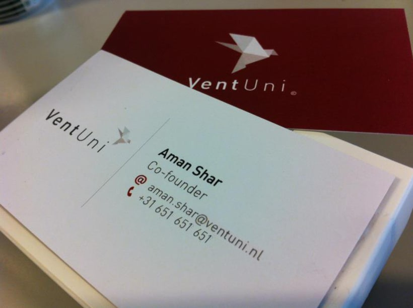 VentUni logo y tarjeta de visita 2