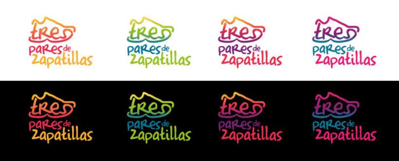 TRES PARES DE ZAPATILLAS 5