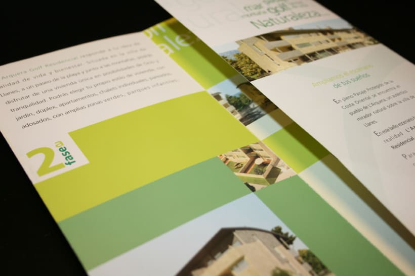 Tríptico para promoción de viviendas 2