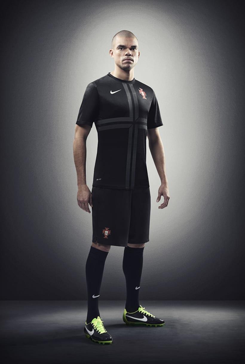Nike Portugal away kit 4