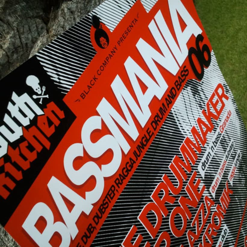 Bassmania | direccion de arte, carteles flyers y visuales en directo -1