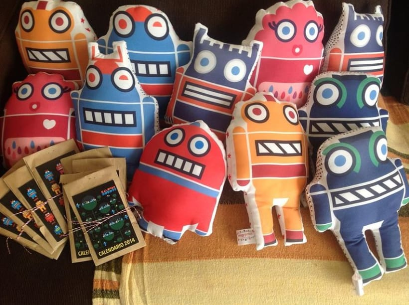 Kalung´s robot pillow 2