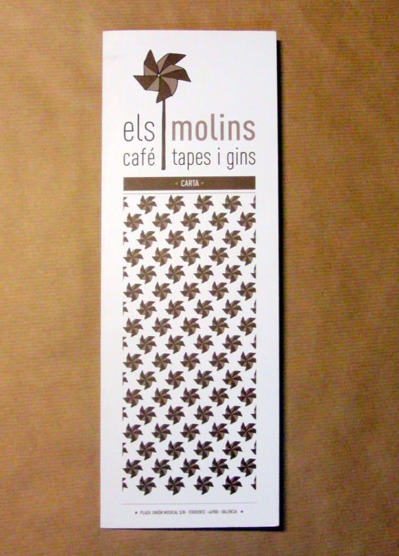 Els Molins, café, tapes i gins 0