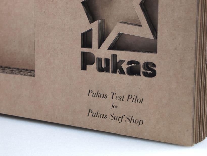 Porta postales PUKAS -1