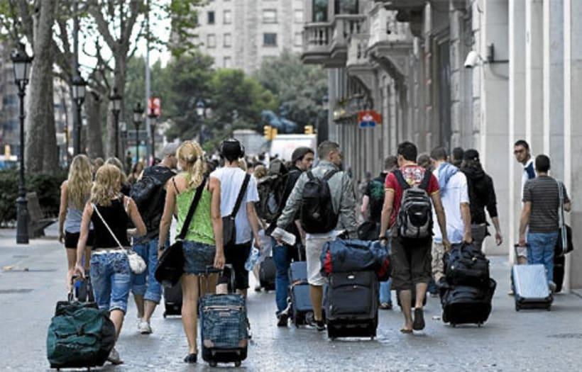 Los extranjeros sostienen el turismo -1