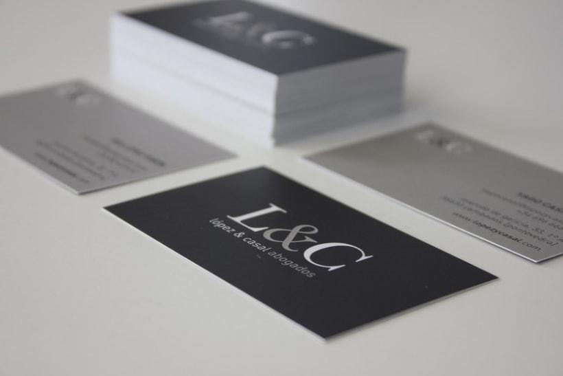 Diseño de imagen corporativa + responsive web design de López & Casal Abogados 1