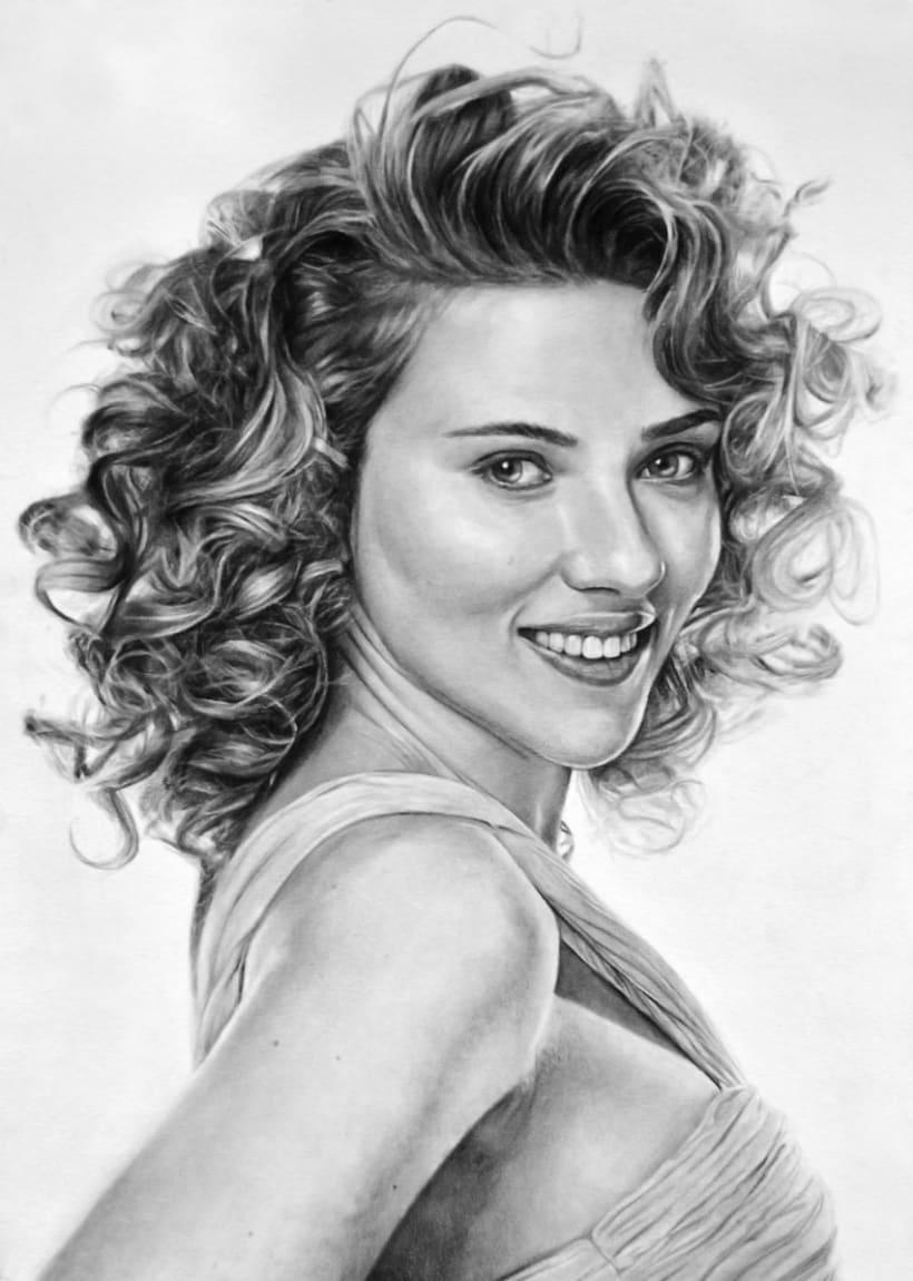 Retrato al carboncillo de Scarlett Johansson -1