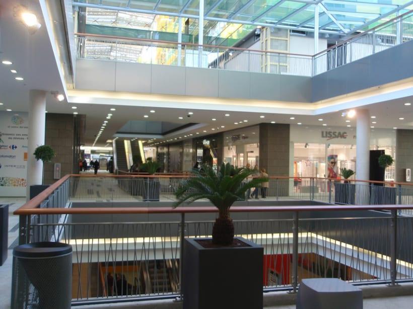 Centro comercial. Perpignan, Francia 0