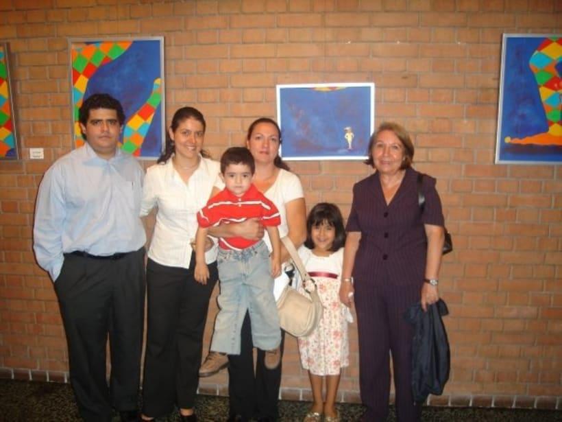 1st Exposition : Arte per tuti (IIC-Guatemala) Students and me. 7