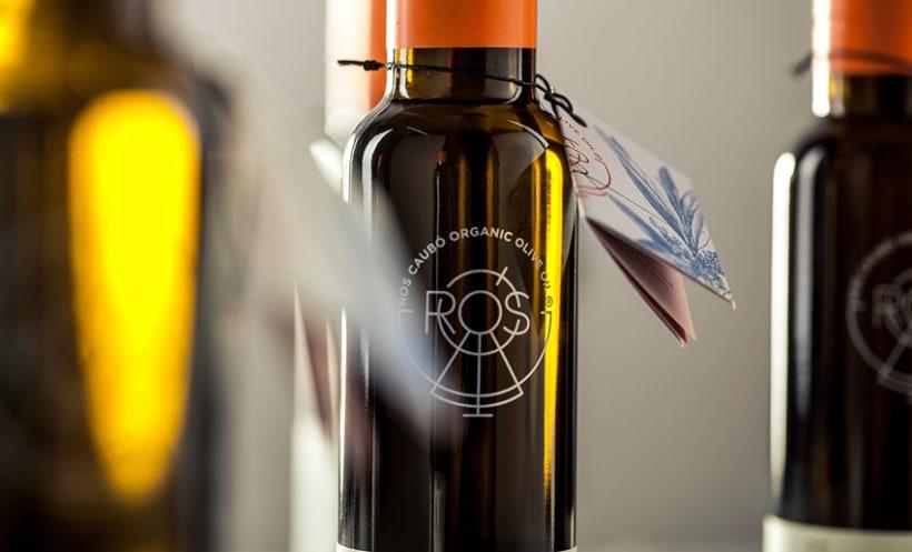 Diseño de marca y packaging | Ros Caubó 3