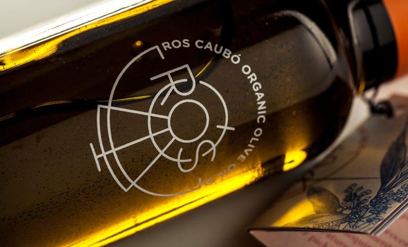 Diseño de marca y packaging | Ros Caubó 5