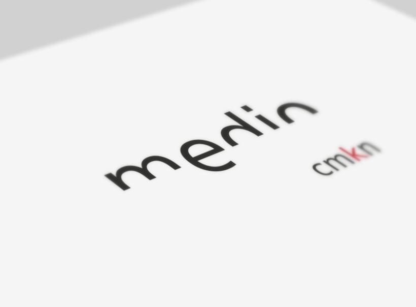 Medio cmkn | identidad 0