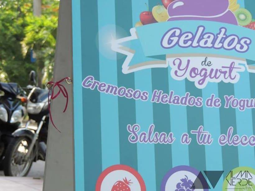 """Heladería Gelatos """"Cremosos helados de Yogurt"""" - Imagen y mobiliario  0"""