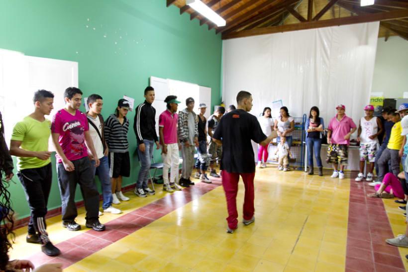 Proyecto Ícaro: Secretaría de Juventud y la Universidad de Antioquia. Taller: resolución de conflictos 0