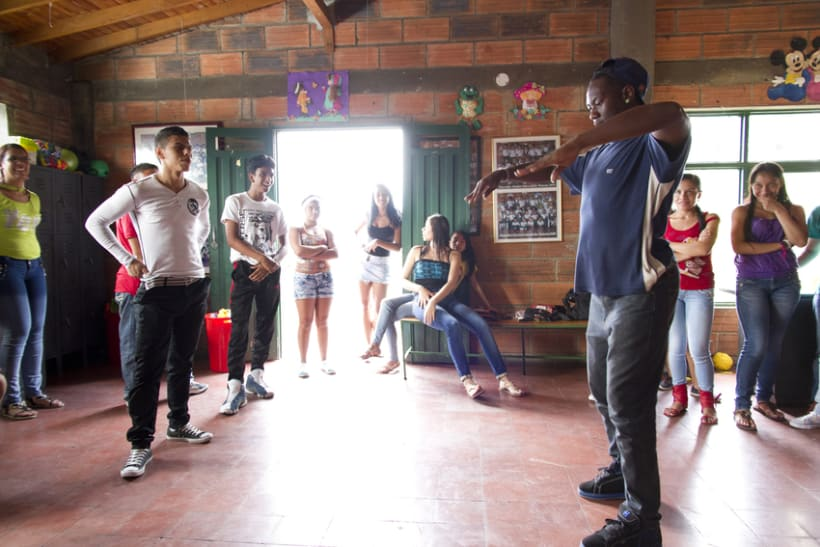 Proyecto Ícaro: Secretaría de Juventud y la Universidad de Antioquia. Taller: resolución de conflictos 8
