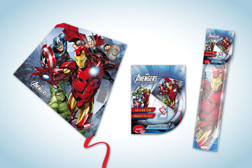Diseño de artworks y packaging bajo licencias Disney y Marvel 9