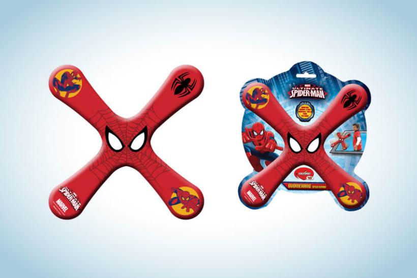Diseño de artworks y packaging bajo licencias Disney y Marvel 17