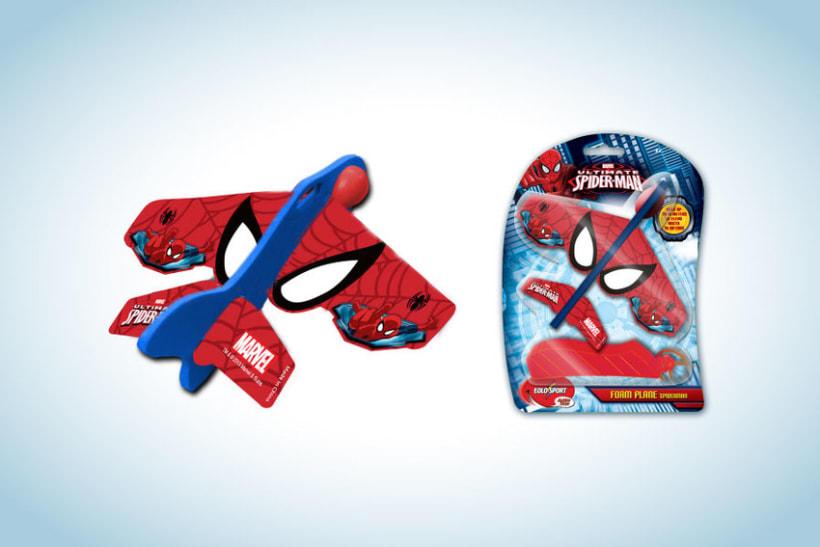 Diseño de artworks y packaging bajo licencias Disney y Marvel 18