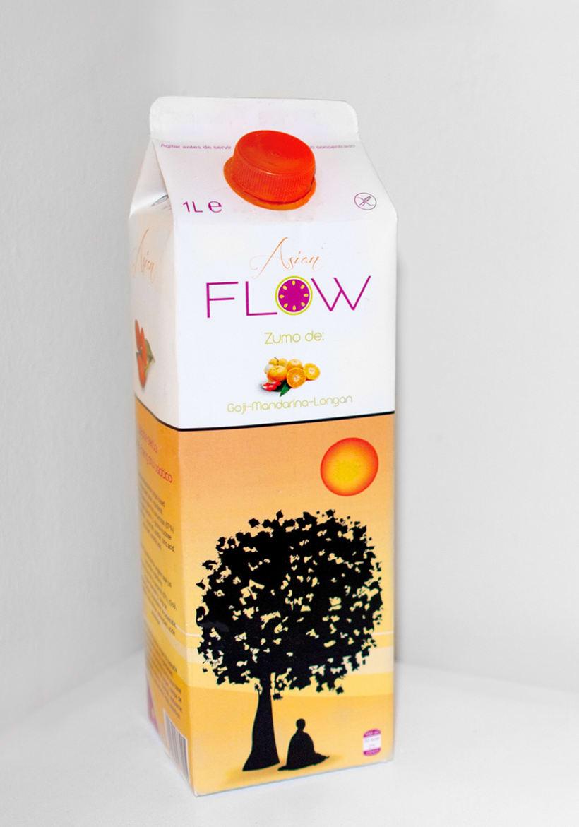Logormarca y packaging Zumos Flow 8