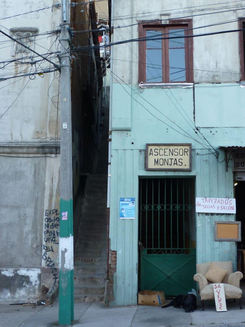 Se Vende. VídeoDocumental sobre Ascensores de Valparaíso. Sección Cortos Filmin.  2