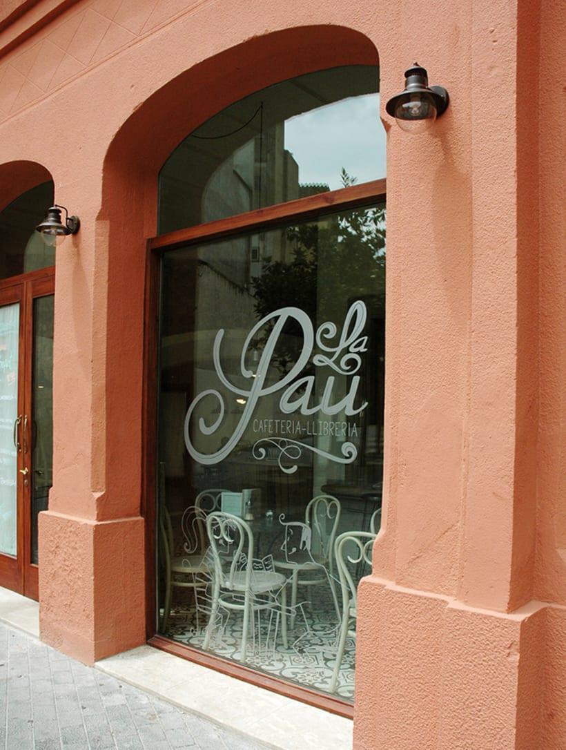 "Cafeteria-Libreria ""La Pau"" 9"