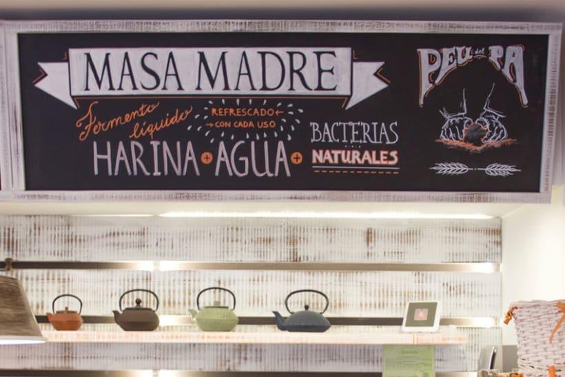 La Tahona del abuelo, horno tradicional y cafetería. Pizarras, lettering. Valencia / 2013-2014 4