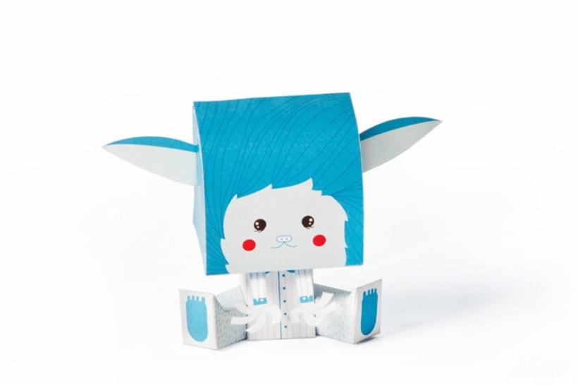 Coloretes Paper Toy 2