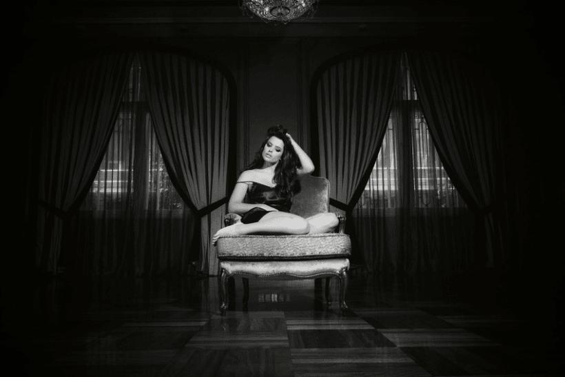 Adriana Torrebejano 5