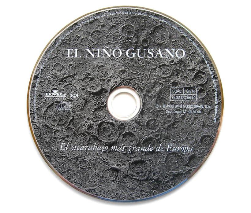 """""""EL ESCARABAJO MAS GRANDE DE EUROPA"""" Un diorama para un disco 5"""