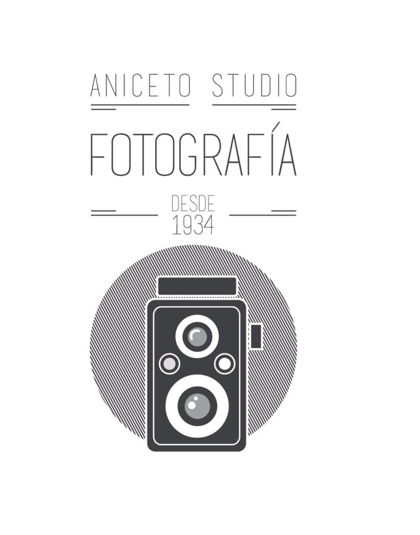 Porpuesta de logo y sus versiones para Aniceto Studio 1