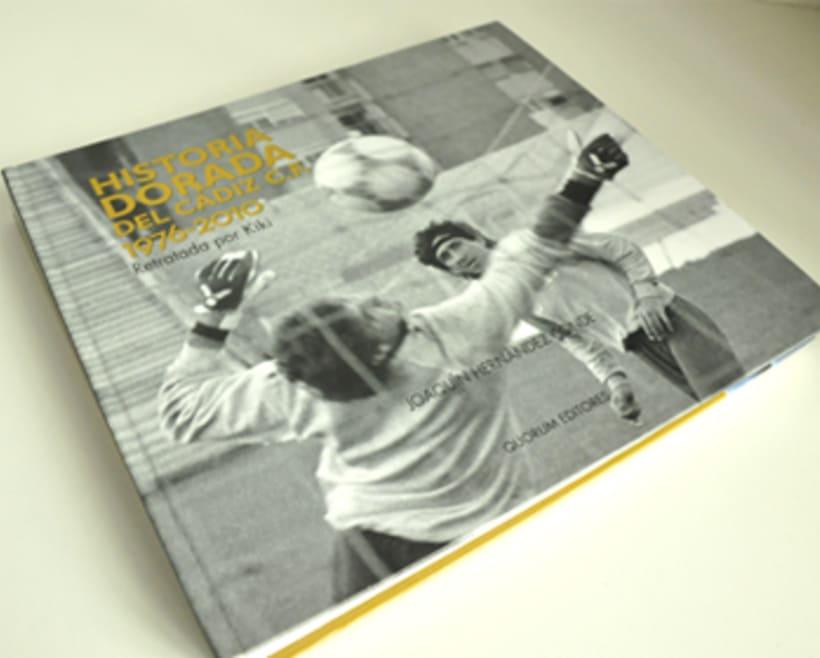 Diseño y maquetación de libro de fotografías -1