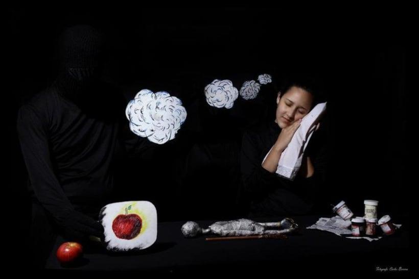 sueños de papel, obra de títeres de mesa.  4