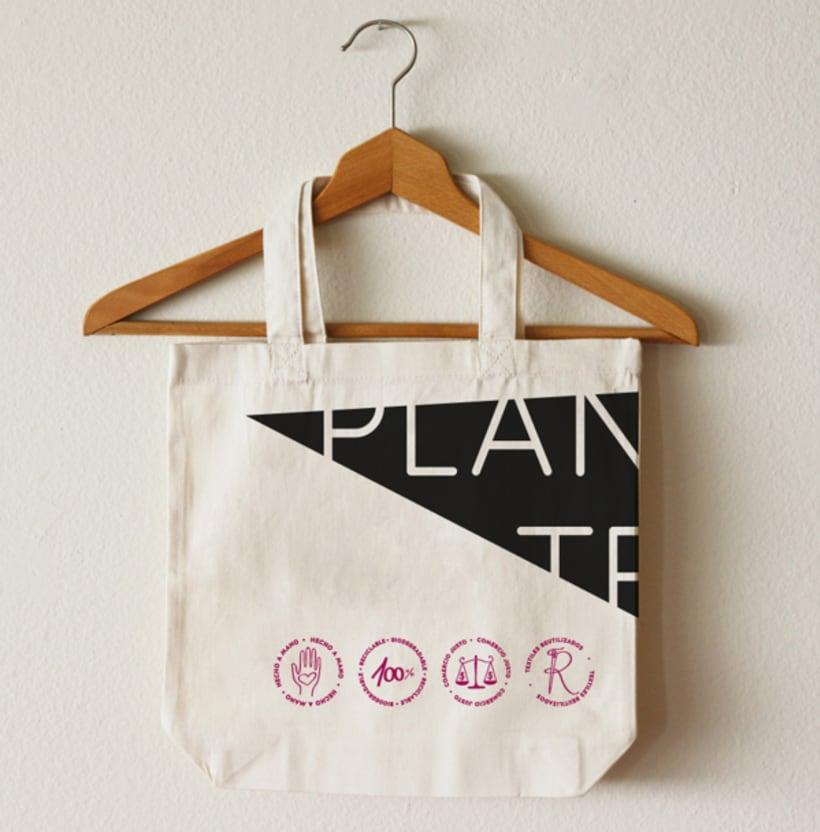 Merchandising Planeta Textil -1