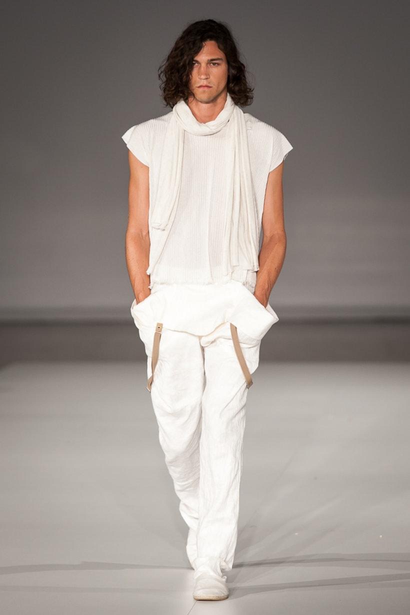 080 Barcelona Fashion Week 16