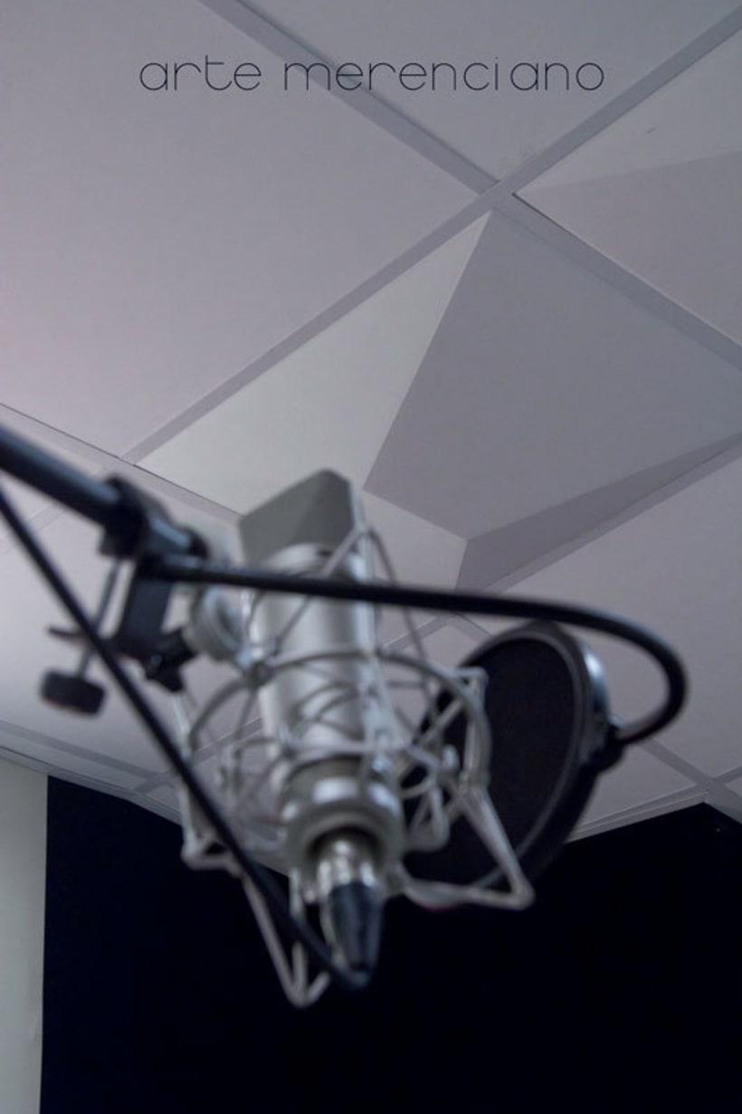 Fotografía instalaciones y equipo para estudio de grabacíon 1