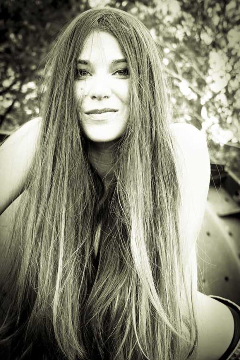 Lola Leal 7