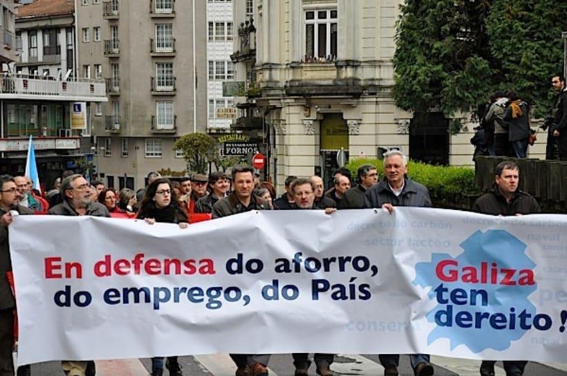 Campaña por un sistema financeiro propio que defenda as Caixas Aforro Galegas 2
