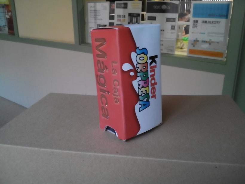 Packaging: Caja de magia de Kinder Sorpresa - https://www.youtube.com/watch?v=BfxA7CWA3Nc  3
