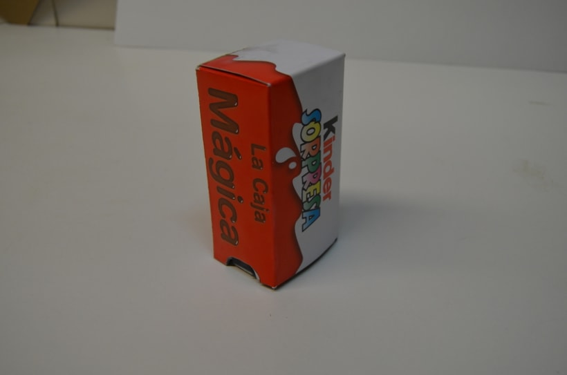 Packaging: Caja de magia de Kinder Sorpresa - https://www.youtube.com/watch?v=BfxA7CWA3Nc  5