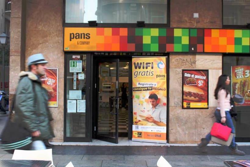 Señalización WiFi PANS & COMPANY 1