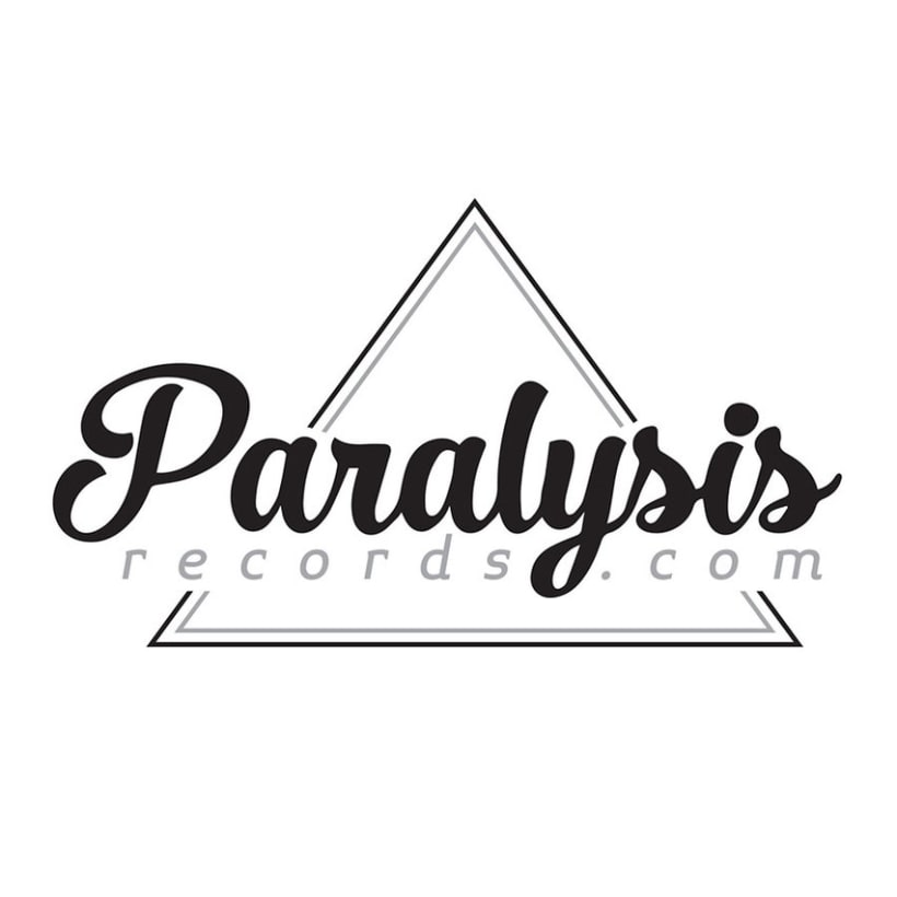 Logotipo y web Paralysis records -1