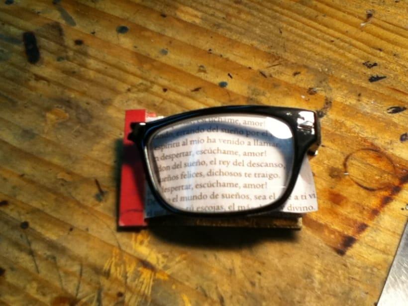 broche gafa 1