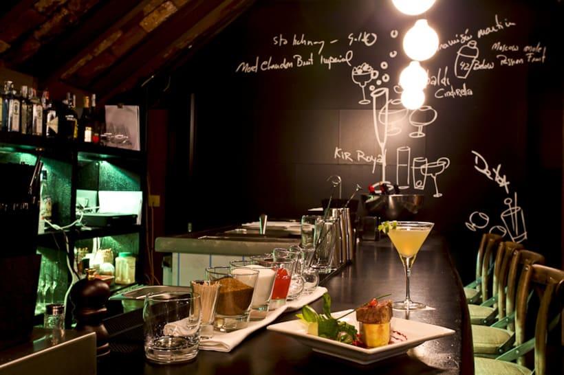Dry Cocktail Club, Granada. Spain.  4