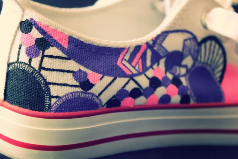 Doodle sneakers 1