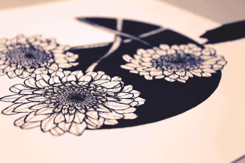 Flores en círculo negro -1