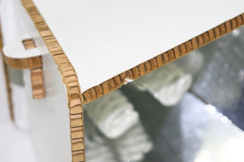 DIY Cardboard Light Studio Kit 3