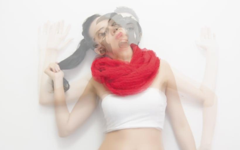 Red Scarf/ Fotografía 4