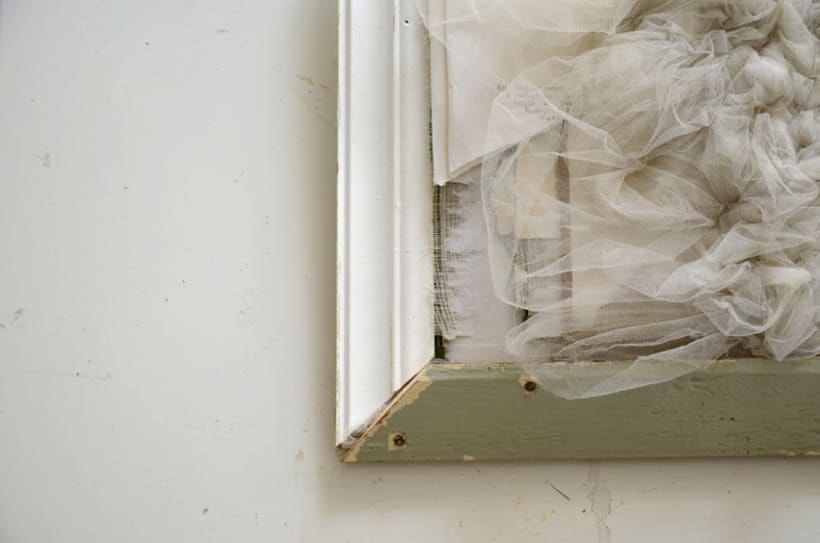 """""""mi primer poema"""". Técnica Collage. Tapa dura de libros rescatados y tul. 1"""