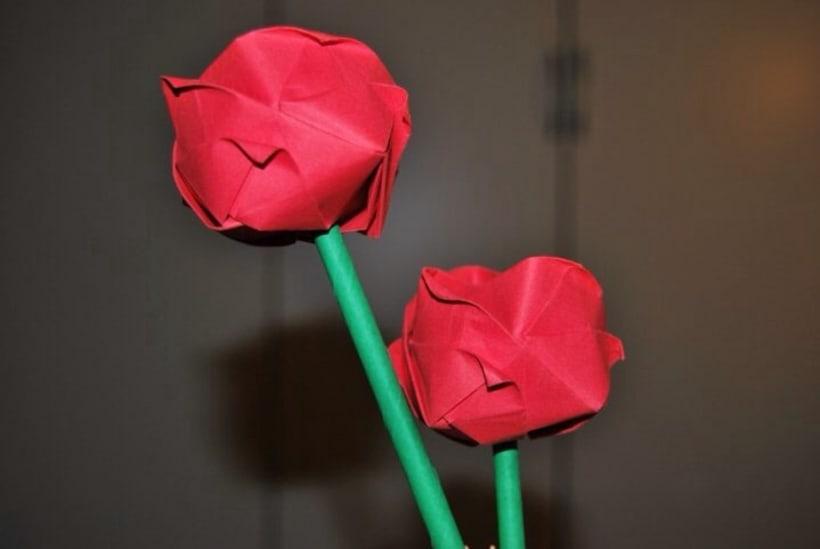 Jarrón y Rosas. Origami 3D 8
