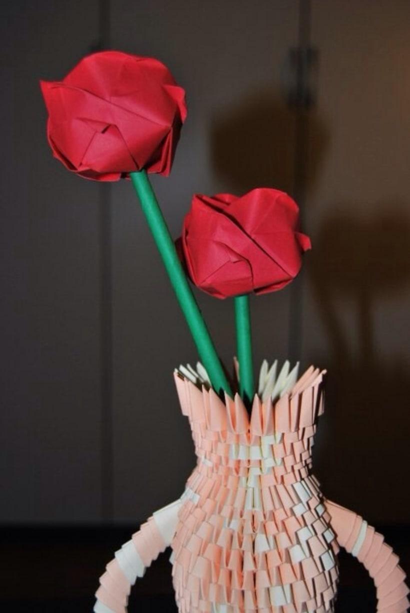 Jarrón y Rosas. Origami 3D 7